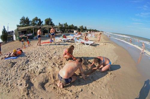 Отдых в кирилловке фото пляжей